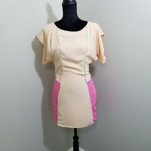 English Rose Flutter Sleeve Fitted Dress SZ M